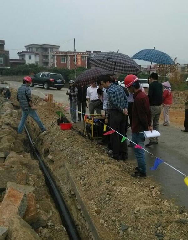 省水利厅领导检查泉港区涂岭镇农村饮水安全工程